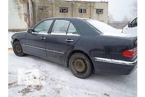б/у Брызговики и подкрылки Mercedes E-Class