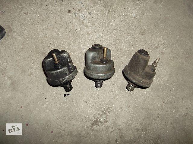 продам Б/у датчик давления масла для седана Mercedes 124 1991 бу в Днепре (Днепропетровск)