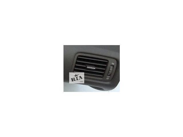 бу Б/у дефлектор для седана Lexus GS 300 1999г в Николаеве