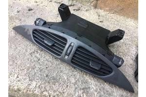 Б/у дефлектор системы отопления 7701050975, Renault Laguna 2, Рено Лагуна 2, 226021