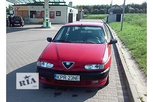 б/у Крылья передние Alfa Romeo 146