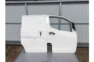 б/у Двери боковые сдвижные Nissan NV