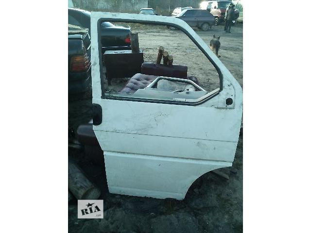 купить бу Б/у дверь передняя правая для легкового авто Volkswagen T4 (Transporter) после 1996 года в Ковеле