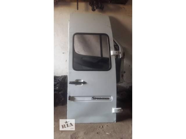 продам Б/у дверь задняя для легкового авто Mercedes Sprinter бу в Ковеле