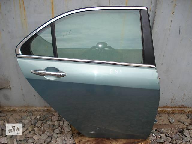 купить бу Б/у дверь задняя для седана Honda Accord в Киеве