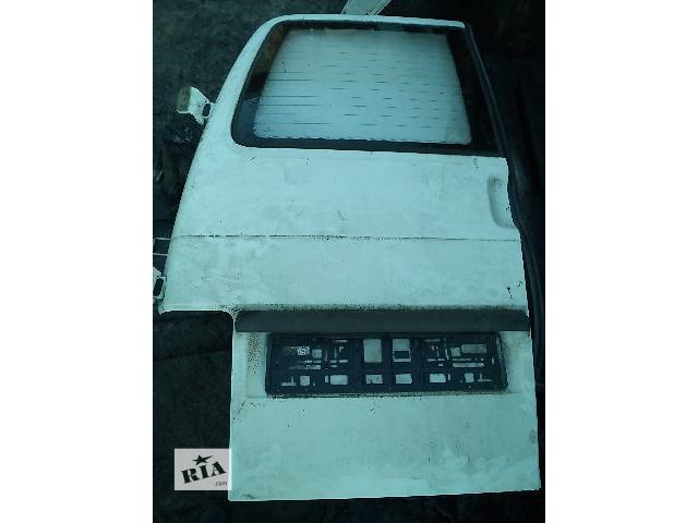 Б/у дверь задняя левая под стекло  для легкового авто Volkswagen T4 (Transporter)- объявление о продаже  в Ковеле