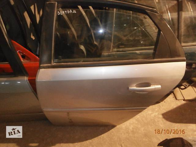 купить бу Б/у двері задні для седана Opel Vectra в Львове