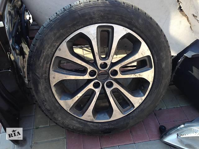 купить бу Б/у диск с шиной для легкового авто Kia Sorento в Ровно