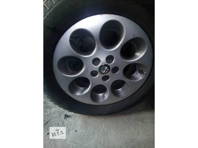 купить бу Б/у диск с шиной для седана Alfa Romeo 156 в Киеве
