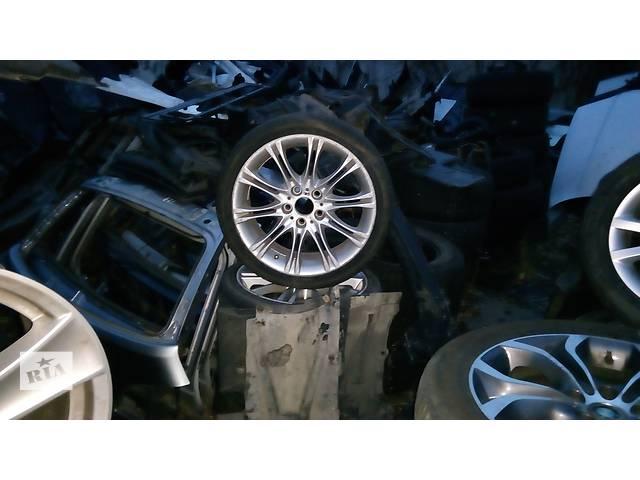 купить бу Б/у диск с шиной R-16  для седана BMW 3 Series в Киеве