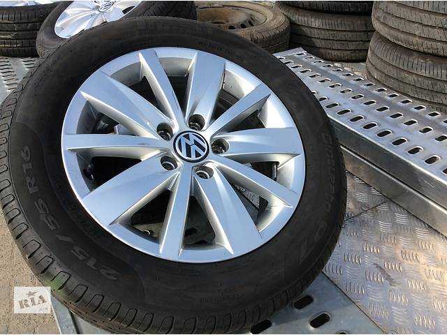 купить бу Б/у шини 215/65 16  Pirelli 8mm в Луцке