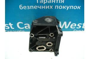 Б/У Кронштейн масляного фильтра на 1.8TDCi C-Max 2002 - 2009 4M5Q6B624B. Лучшая цена!