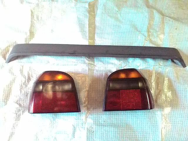 купить бу Б/у фонарь задний для хэтчбека Volkswagen Golf III в Львове