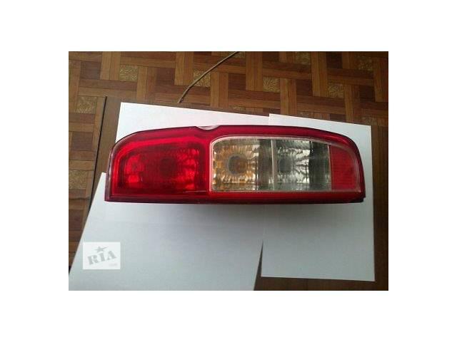 Б/у фонарь задний для легкового авто Nissan Navara- объявление о продаже  в Ровно