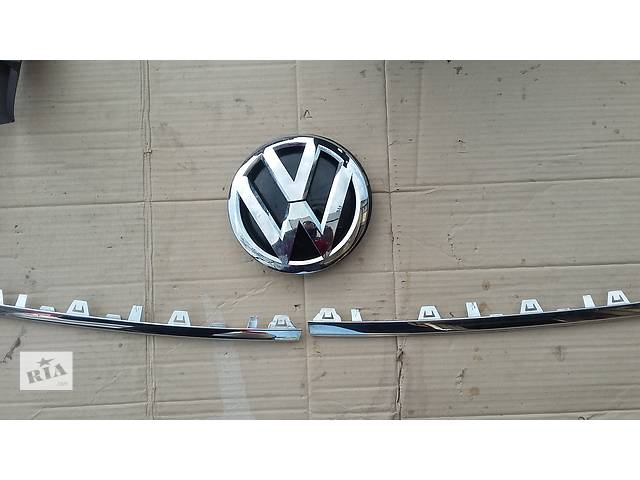 купить бу Б/у хромированные накладки для легкового авто Volkswagen T6 (Transporter) в Косове (Ивано-Франковской обл.)