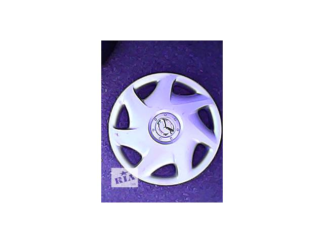 Б/у колпак на диск для легкового авто Mazda r 15- объявление о продаже  в Харькове