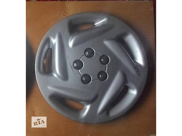 бу Б/у колпак на диск R15 для легкового авто в Львове
