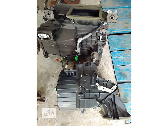 продам Б/у корпус печки для седана Honda Civic бу в Сумах