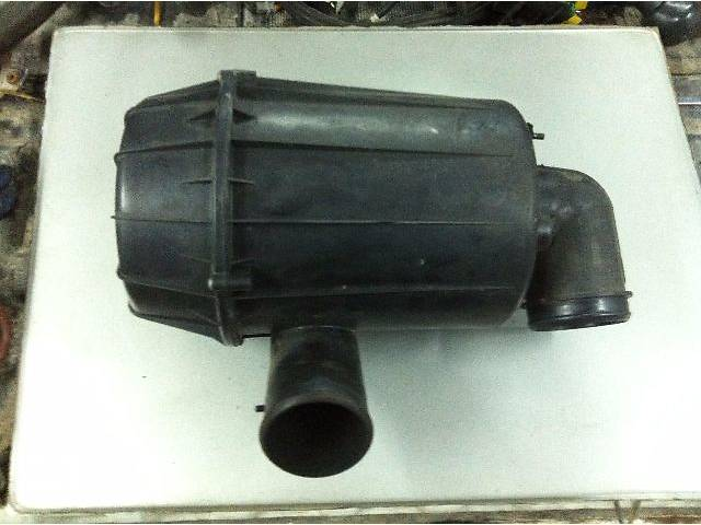 купить бу корпус воздушного фильтра для микроавтобуса Peugeot Boxer,Citroen Jumper,Fiat Ducato в Костополе