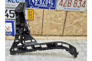Б/У кронштейн бампера правий бік, зад 5C6807356 для VW Jetta 2013 USA В НАЯВНОСТІ