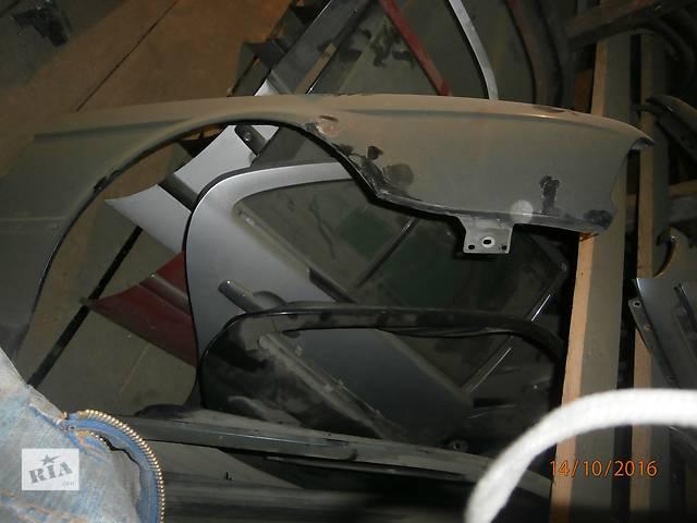 бу Б/у крило переднє для легкового авто BMW 324 в Львове