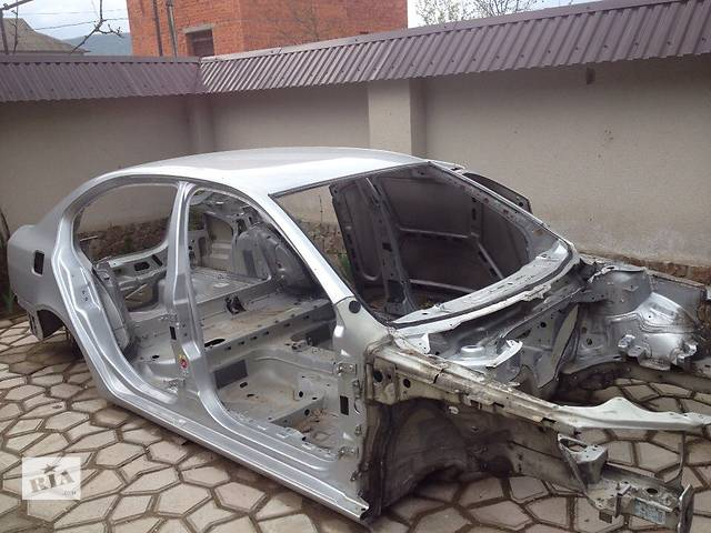 купить бу Б/у крыло заднее правое (четверть) для Skoda Octavia A5 2012 год в Хусте
