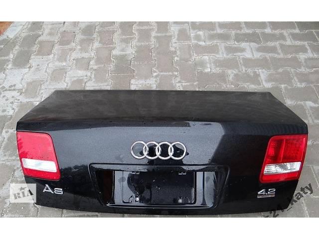 купить бу Б/у крышка багажника для легкового авто Audi A8 d3 в Львове