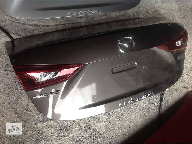 продам Б/у крышка багажника для легкового авто Mazda 3 бу в Ровно