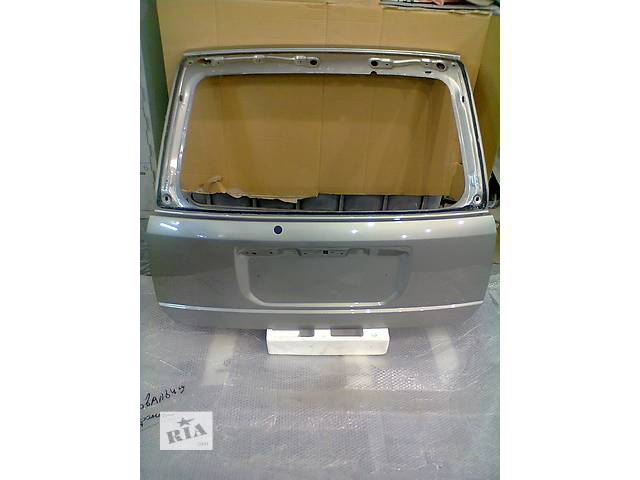 продам Б/у крышка багажника для легкового авто Nissan X-Trail бу в Киеве