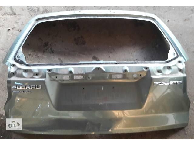 продам Б/у крышка багажника для легкового авто Subaru Forester бу в Киеве
