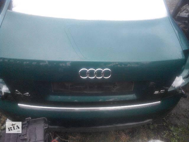 купить бу Б/у крышка багажника для седана Audi A4 2003 в Львове