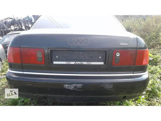 купить бу Б/у ліхтар задній для легкового авто Audi A8 в Львове