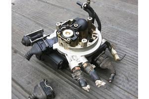 б/у Моноинжекторы Audi 80
