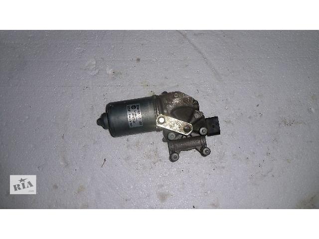 купить бу Б/у моторчик стеклоочистителя передний для легкового авто Skoda Fabia 2008 в Коломые