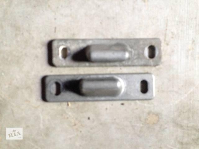 Б/у направляющие боковых раздвижных дверей Vito 638- объявление о продаже  в Жовкве
