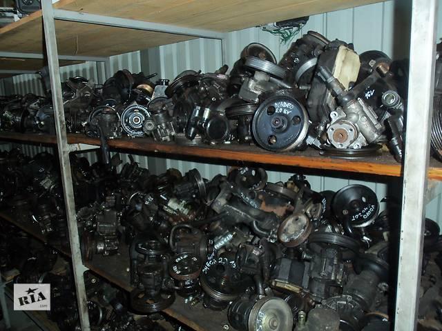 купить бу Б/у насос гидроусилителя руля для легкового авто Mercedes 210  3.0 в Луцке