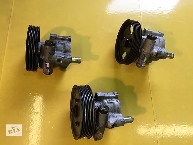 купить бу Б/у насос гидроусилителя руля для легкового авто Renault Trafic в Ковеле