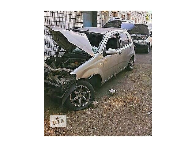 продам Б/у поворотный кулак для хэтчбека Chevrolet Aveo Hatchback (5d) бу в Днепре (Днепропетровск)