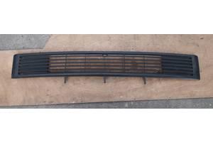 б/у Решётки радиатора Volkswagen T2 (Transporter)