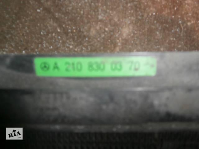 продам Б/у радіатор інтеркулера для седана Mercedes W-Class бу в Львове