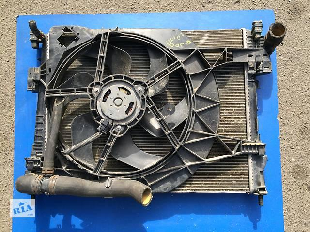 бу Б/у радиатор для грузовика Renault Trafic 2.0  в Луцке