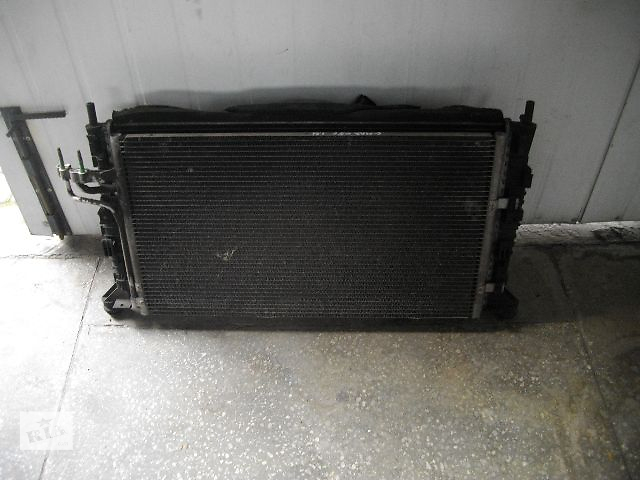 продам Б/у радиатор кондиционера для легкового авто Ford C-Max 2005 бу в Львове