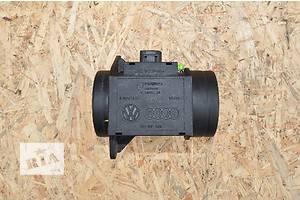 б/у Расходомеры воздуха Volkswagen Passat B4