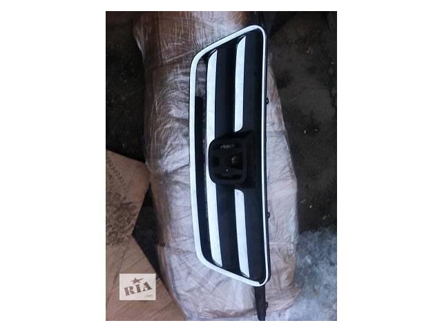 бу Б/у решётка радиатора для легкового авто Honda CR-V в Ровно