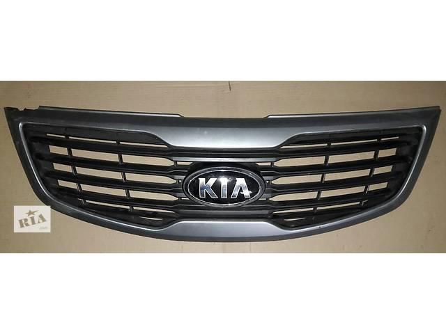 продам Б/у решётка радиатора для легкового авто Kia Sportage бу в Киеве
