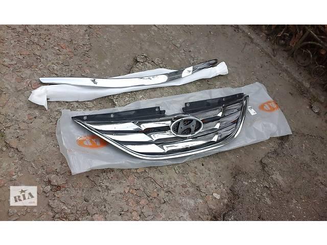 продам Б/у решётка радиатора для седана Hyundai Sonata бу в Запорожье