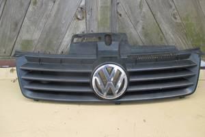 Б/у решётка радиатора для Volkswagen Polo 4 9N 2001-2009 , 6Q0853651C