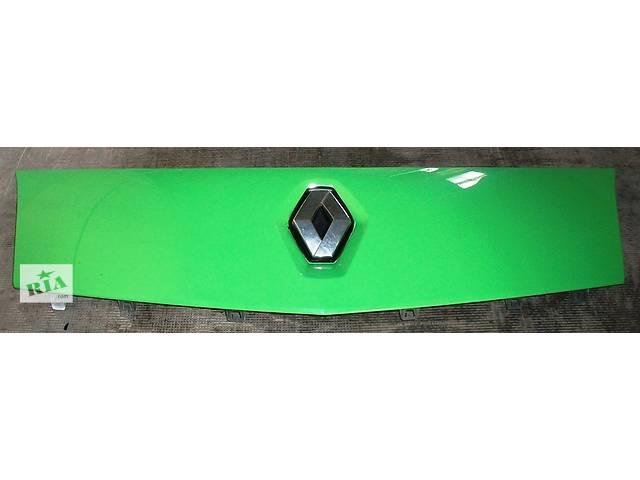 Б/у Решётка радиатора Решітка радіатора для легкового авто Renault Kangoo 1,5 DCI К9К 2008-2012- объявление о продаже  в Рожище