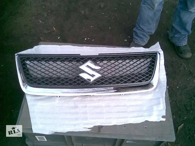 купить бу Б/у решётка радиатора Suzuki Grand Vitara в Киеве