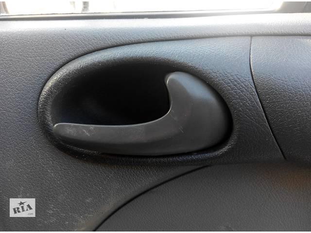 Б/у ручка двери передней внутренняя 2.2, 2.7 CDi Mercedes Sprinter Мерседес Спринтер W 903, 901- объявление о продаже  в Ровно